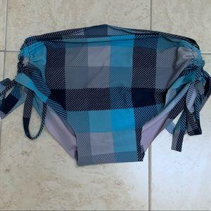 Great Used Bikini Bottom/Hot Yoga Short Size M